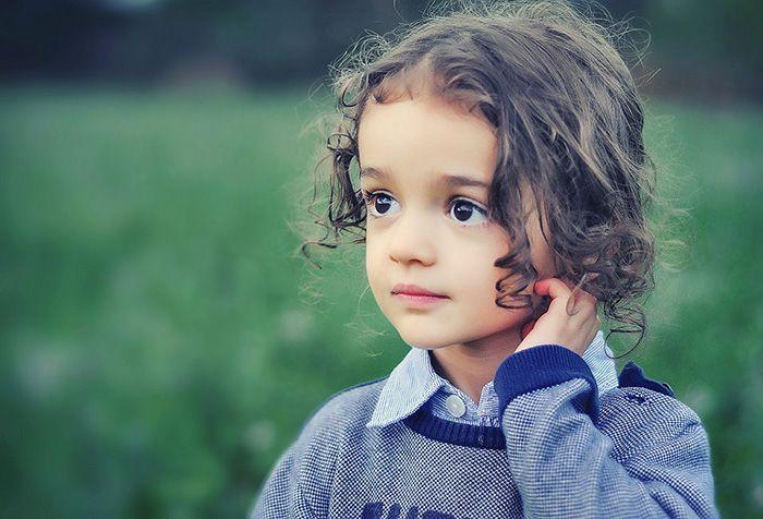 Karakter anak yang manis dan lucu