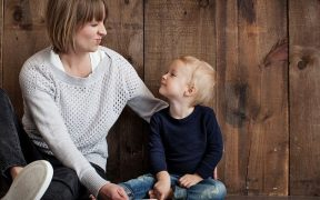 5 Kalimat Ini yang Pantang Diucapkan Orangtua Saat Mengasuh Buah Hati